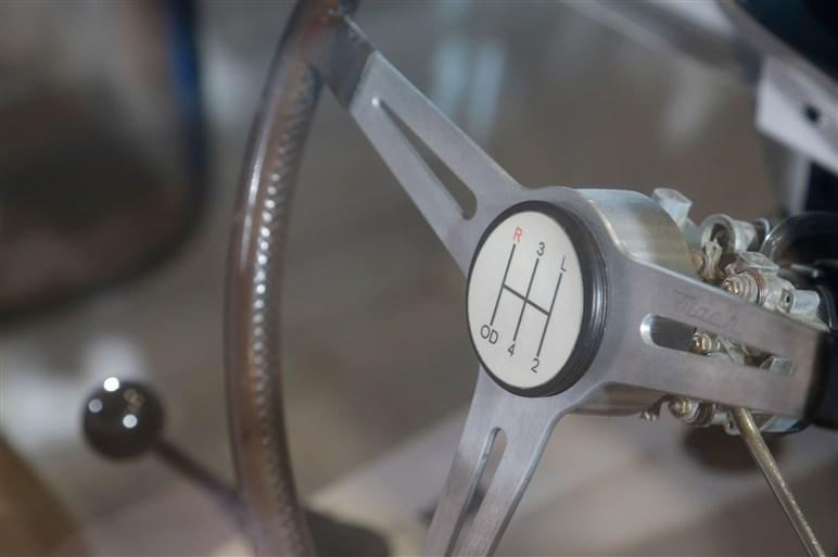 歴代スカイラインなど伝説の名車を展示。日産、プリンス合併50年