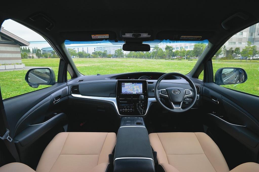 ホンダの最上級ミニバンであるオデッセイなどが揃うミニバンLクラスは、ハイバランスな走りと室内空間【写真で見るライバル比較シリーズ】