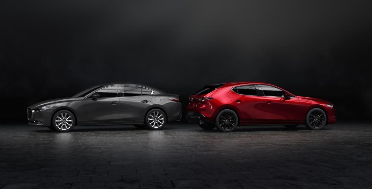 【速報!新型Mazda3デザインチェック】はっきり言って、まだわかりませんでした。 もっとしっかり見てみなければ!「マツダ3(アクセラ後継)」