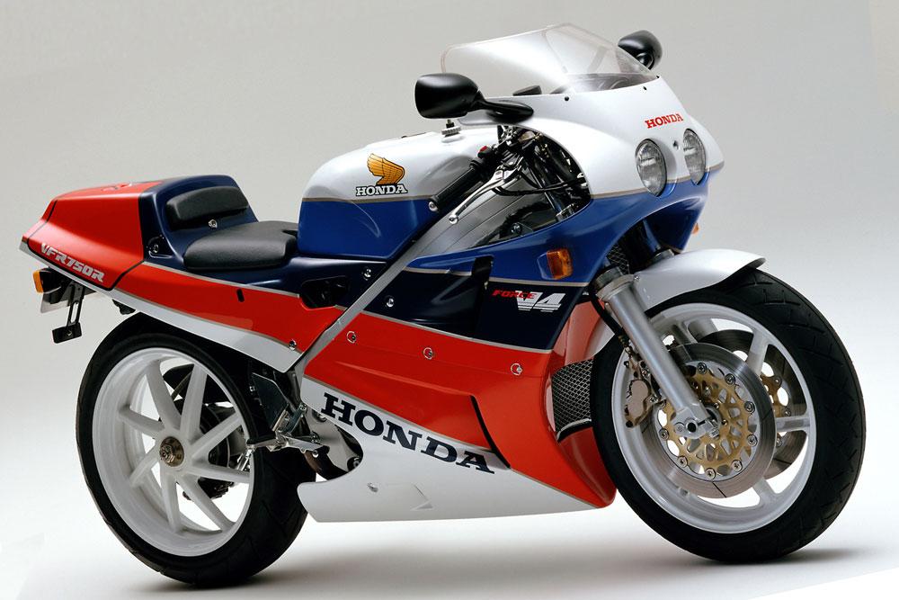 【RC30】ホンダ、VFR750R(1987年)の純正パーツを再生産 リフレッシュプラン始動