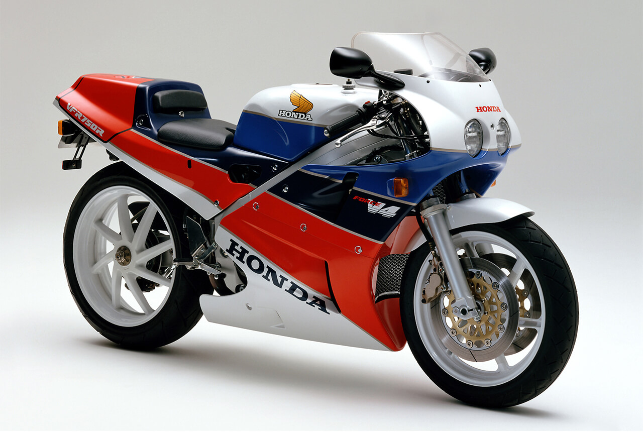 バイクでも名車再生! ホンダが「VFR750R(RC30)」の「リフレッシュプラン」をスタート