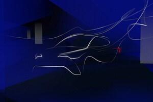 トヨタ、C-HRなど新型3モデルを披露