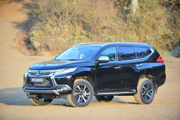日本では不人気車が世界でバカ売れ!? 世界販売首位の日産・三菱【世界で売れてる車ベスト5】