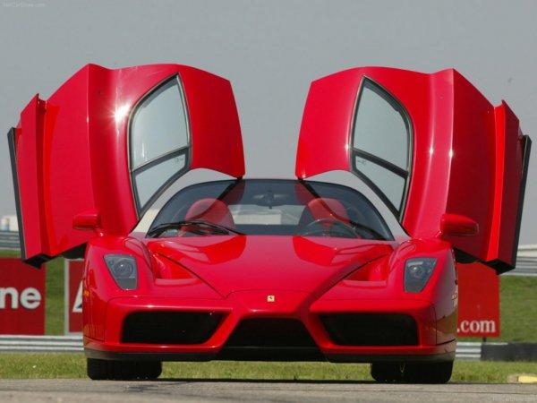 【クルマよりカッコいい!? トラクター型録】5000万円のトラクターはスーパーカー以上か!?