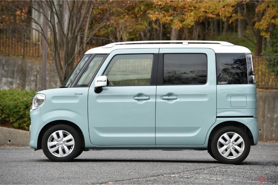 人気の「N-BOX」と「スペーシア」買うならどっち? 軽自動車市場をけん引する2台を比較!