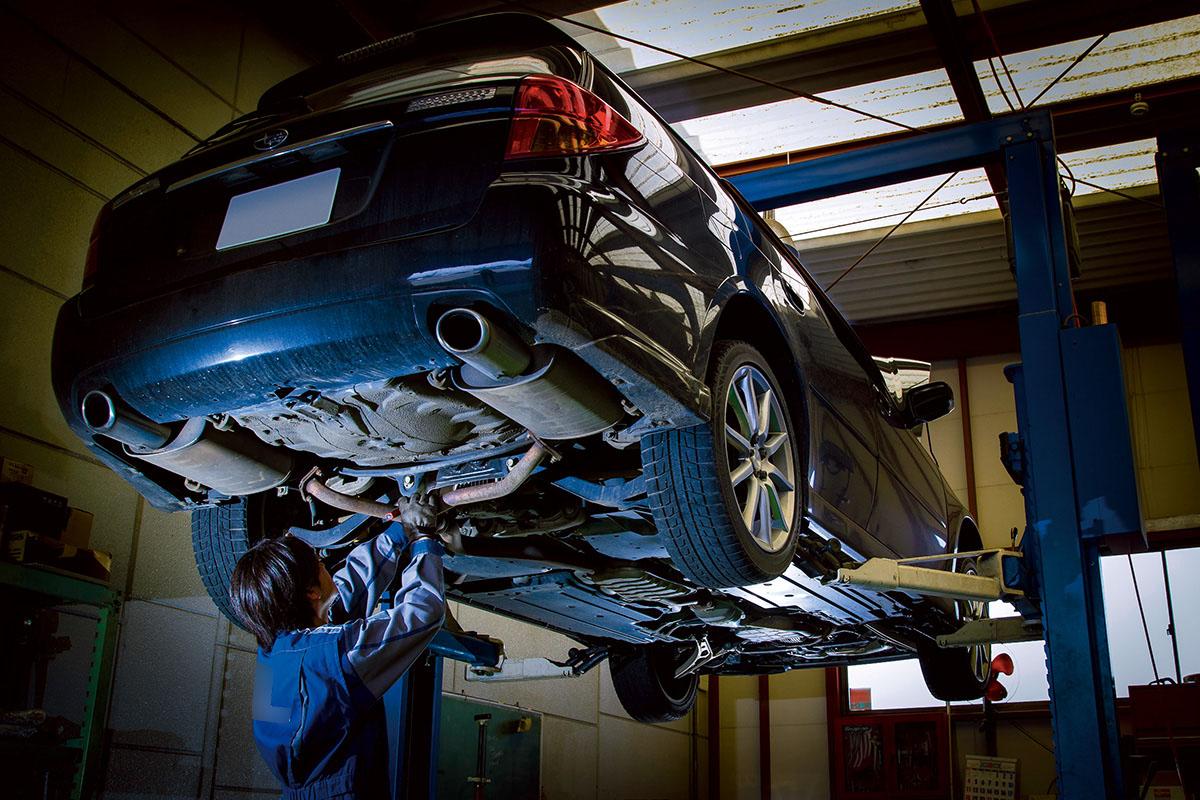 旧車を所有するリスク! 古いクルマを憧れだけで購入すると痛い目にあう理由