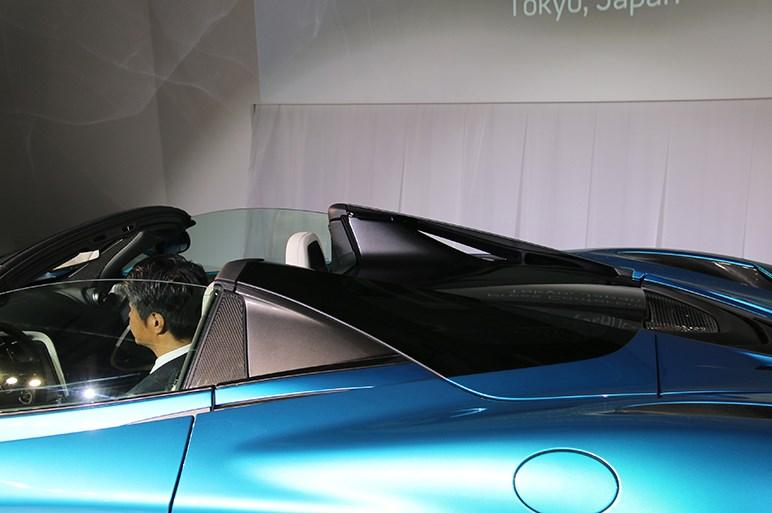 屋根は開けても性能落とさず。マクラーレン 720Sスパイダー日本初披露