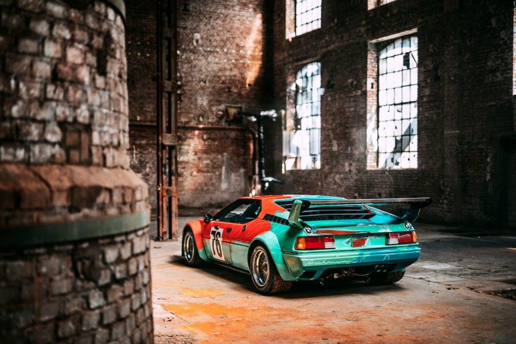 BMW M1がインドに上陸。アンディ・ウォーホルが手がけたアートカーで最も有名な作品