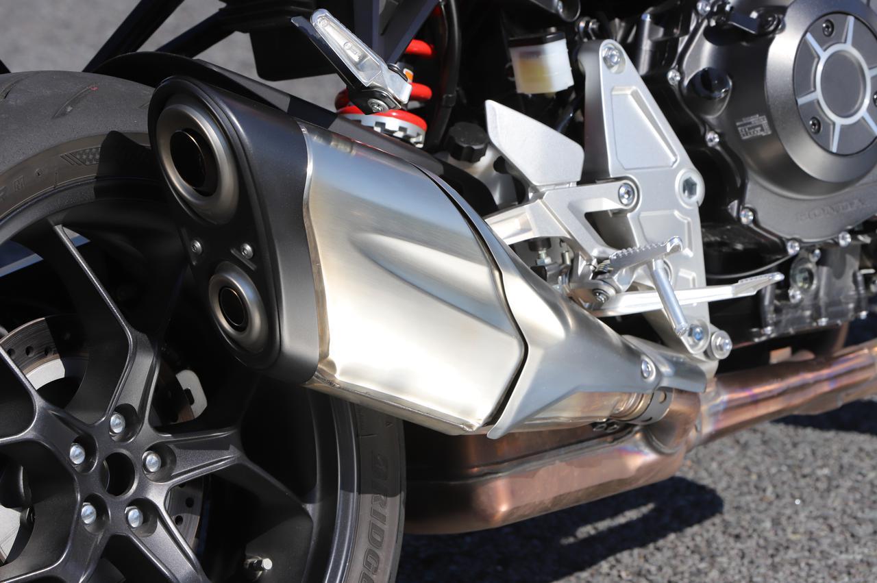 ホンダ「CB1000R」960kmロングラン・インプレ! 街・峠・高速道路での実力はいかに? 実燃費も公開【現行車再検証】