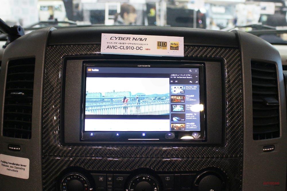 【可夢偉の私物】ウィネベーゴが、カロッツェリア・サイバーナビでオンライン空間に ジャパンキャンピングカーショー