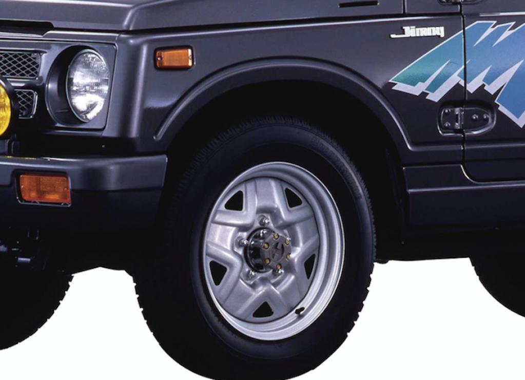 """""""初めてのジムニー4WDドライブ""""の前に、知っておきたい作法 トランスファーレバー操作方法をやさしく解説する"""