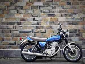 《中編》ヤマハSR400はカスタムするにしても、ノーマルで楽しむにしても『新車』から乗るべきバイク【YAMAHA SR400】