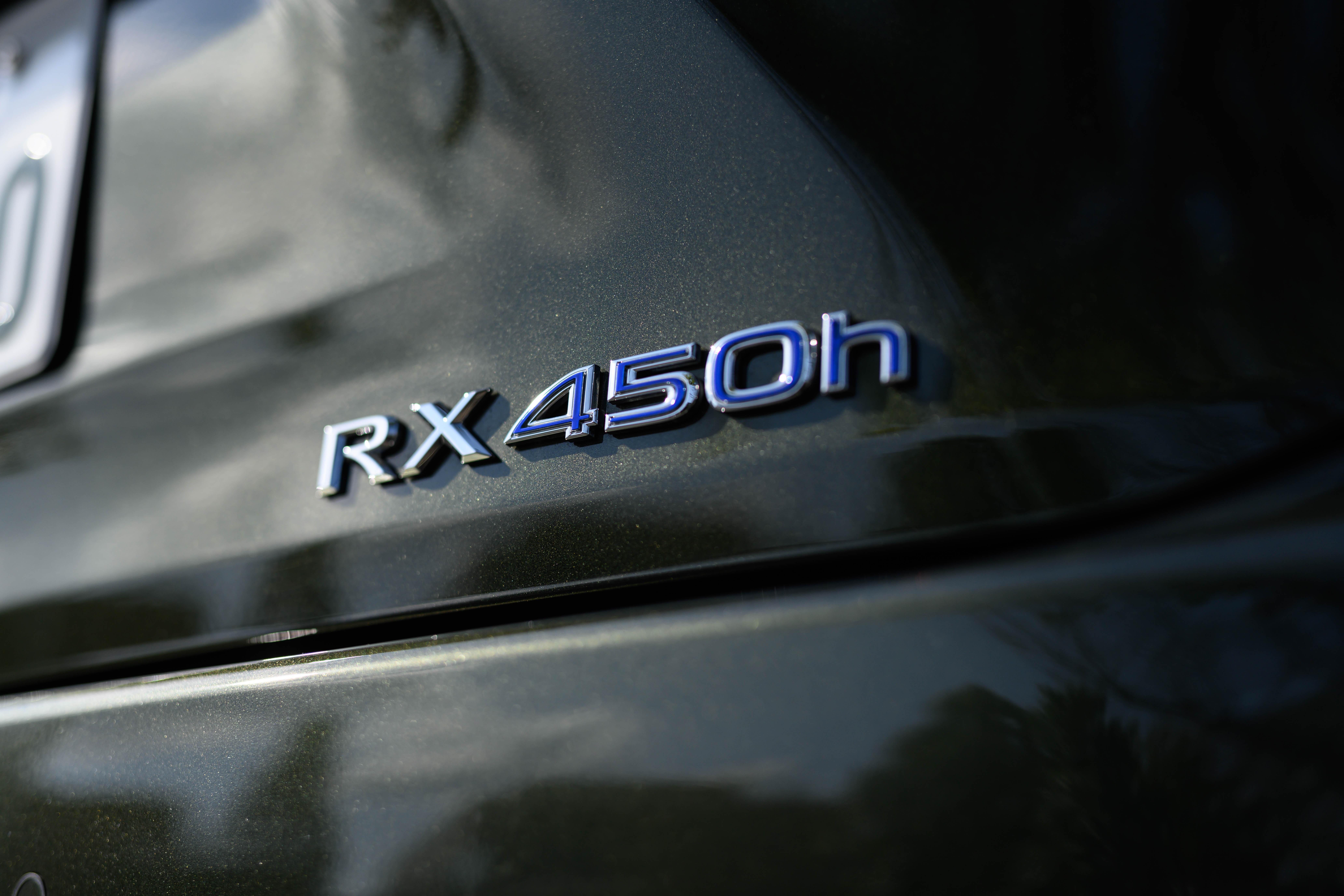 なぜレクサスRXは人気なのか?