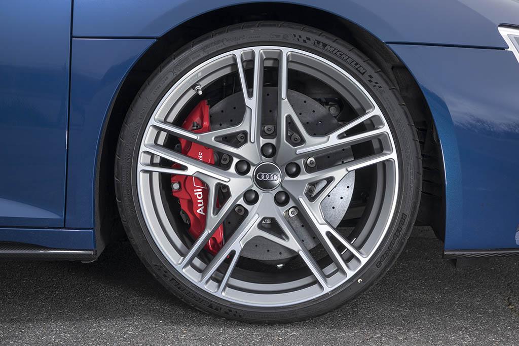 【比較試乗】「BMW M850iクーペ vs メルセデスAMG GT4ドアクーペ vs アウディR8 vs ポルシェ911」これがドイツを代表するハイエンドスポーツの最新レシピ