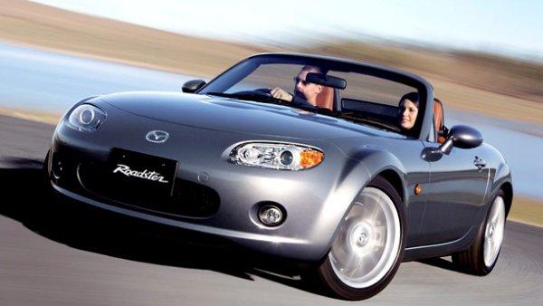 【RX-8は100万円以下も!?】10年前モデル「買い」の国産中古車 11選