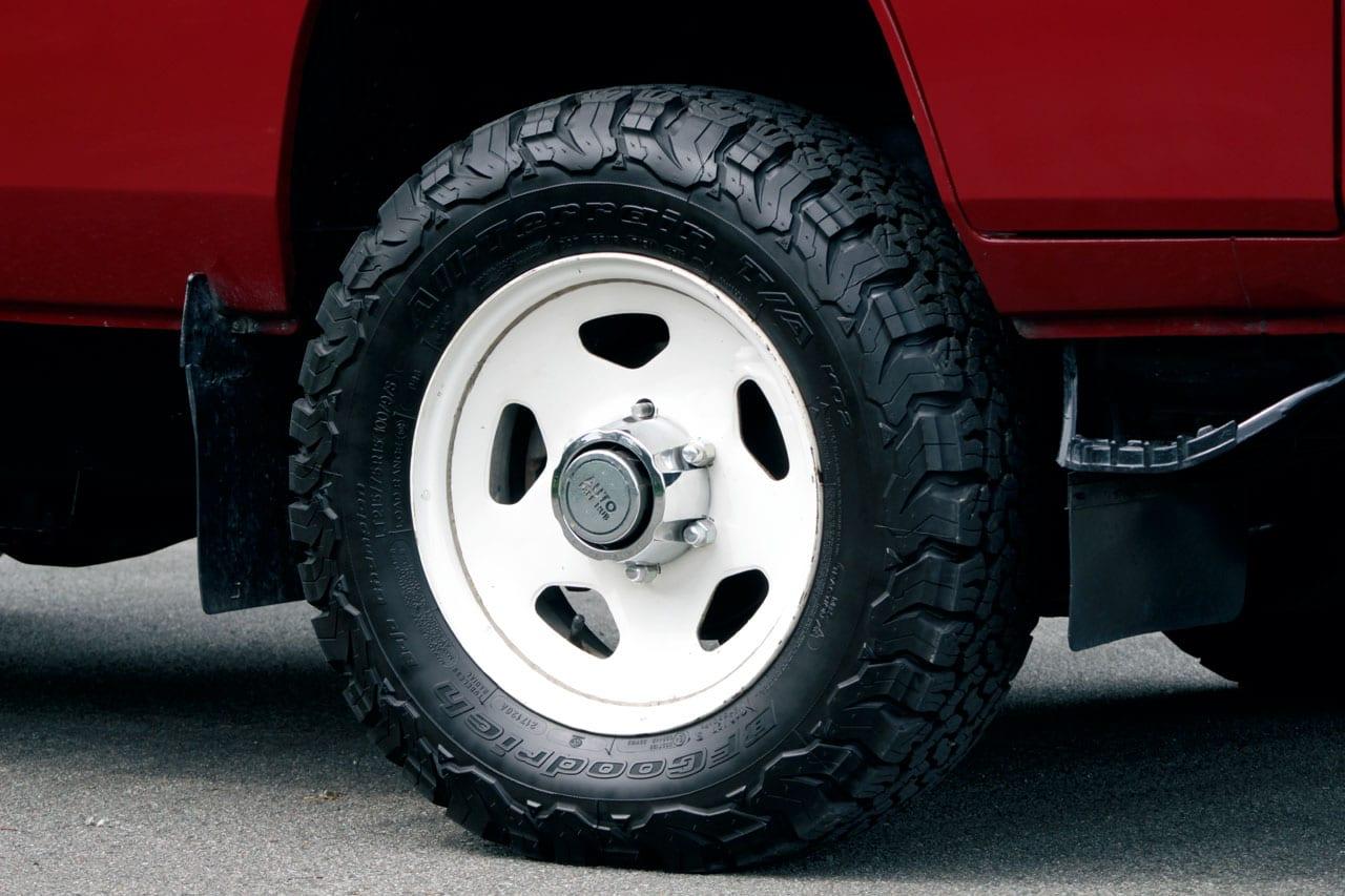 歴代デリカを比べまSHOW Vol.4 84年式 スターワゴン2300ディーゼル4WD GLXエクシード!