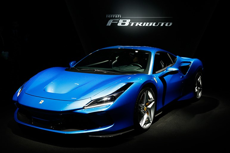 F8トリブートはフェラーリ最後のV8ガソリン車か。パワー向上でウラカンより720Sがライバルに
