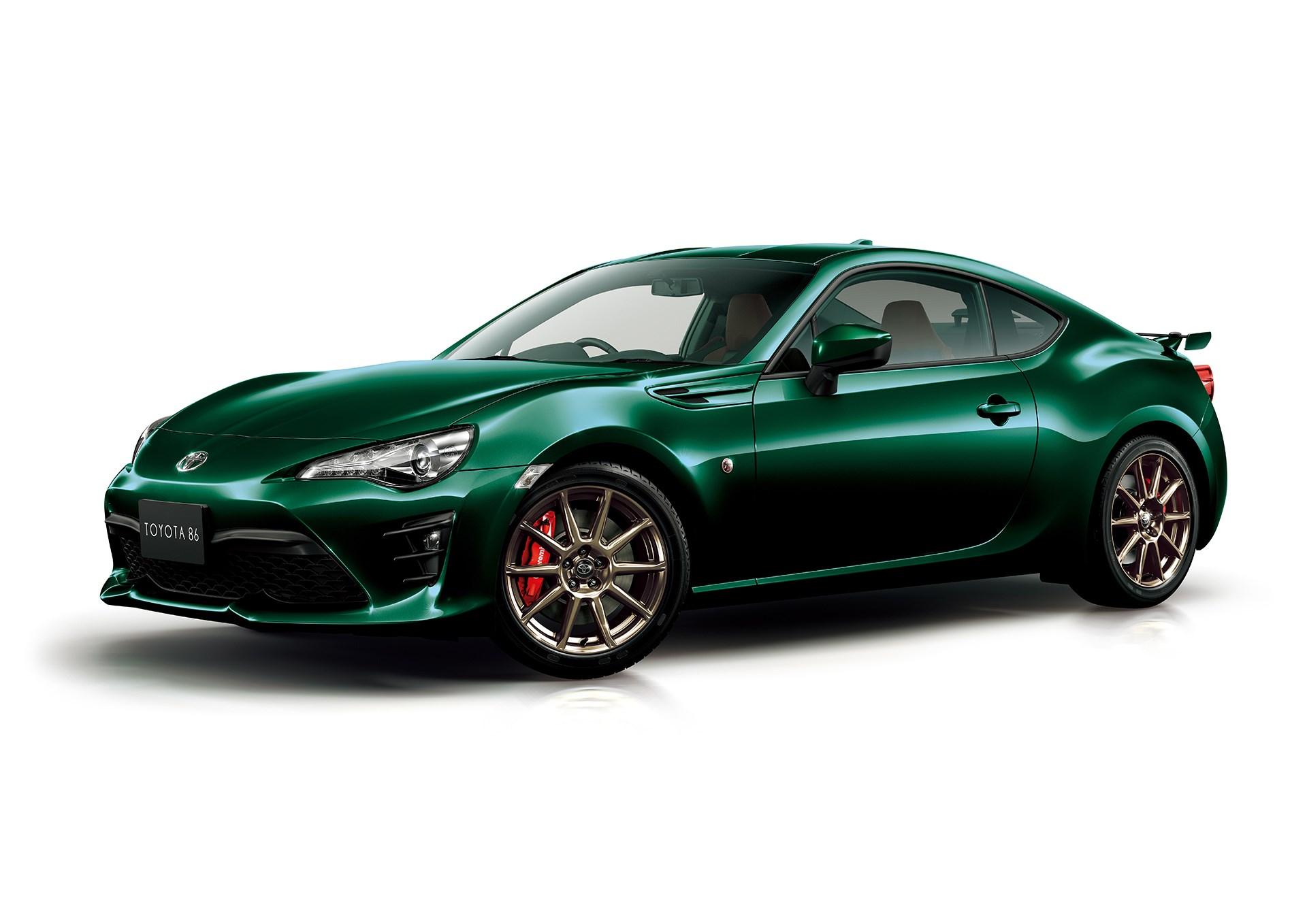 トヨタ86にグリーンカラーの特別仕様車、オプションの「ハイパフォーマンスパッケージ」は付けるべきか?