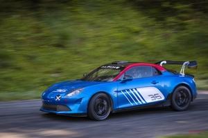 アルピーヌA110がラリーに復帰 国際レベルの競技車両としてプライベーターに販売