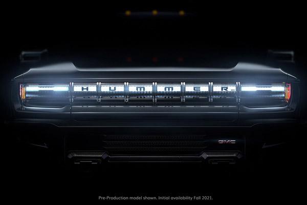 GM あの「ハマー」が1000ps/1万5600NmのEVで復活