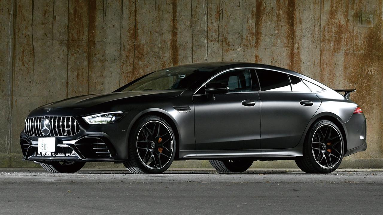 【試乗】メルセデスAMG GT 4ドアクーペは漆黒の姿と劇的な速さで魅了する特別なスポーツカー