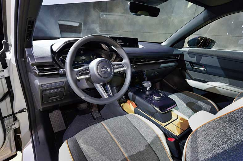 【アコード MX-30 レヴォーグ…】 2020年 ホンダ スバル マツダ レクサス期待のクルマたち