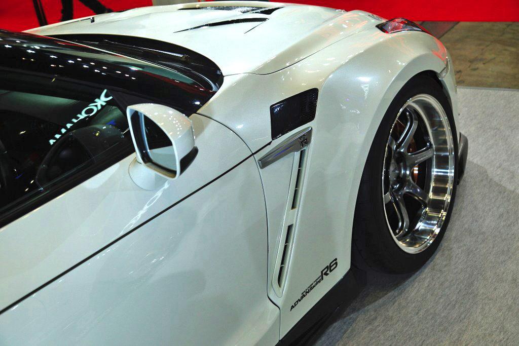 「GT-RにWRX STI、そして86・・・人気チューンドベース揃い踏み!」ユーザー目線を貫くカンサイサービスの世界観【東京オートサロン2020】