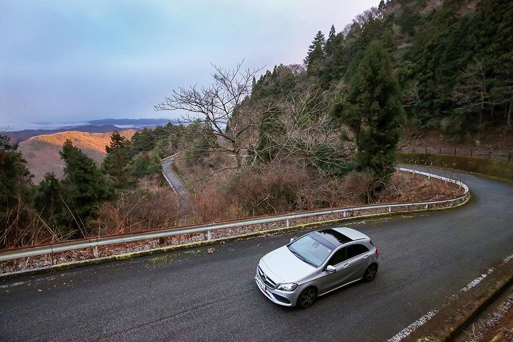 福知山盆地に湧く雲海を峠の展望広場から眼下にする(兵庫県 おおたわ広場)【雲海ドライブ&スポット Spot 63】