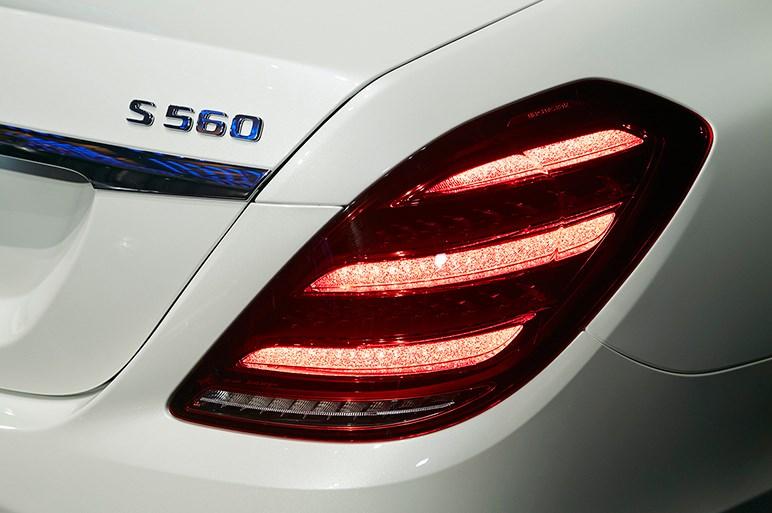 メルセデスの頂点、マイバッハ Sクラス発表。量産車世界最高の後席を写真で