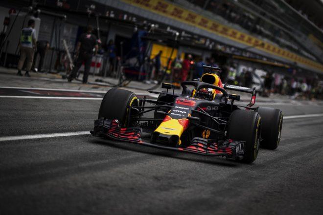 グリッド降格のリカルド「新型Cスペックエンジンにポジティブな兆候」:F1イタリアGP金曜