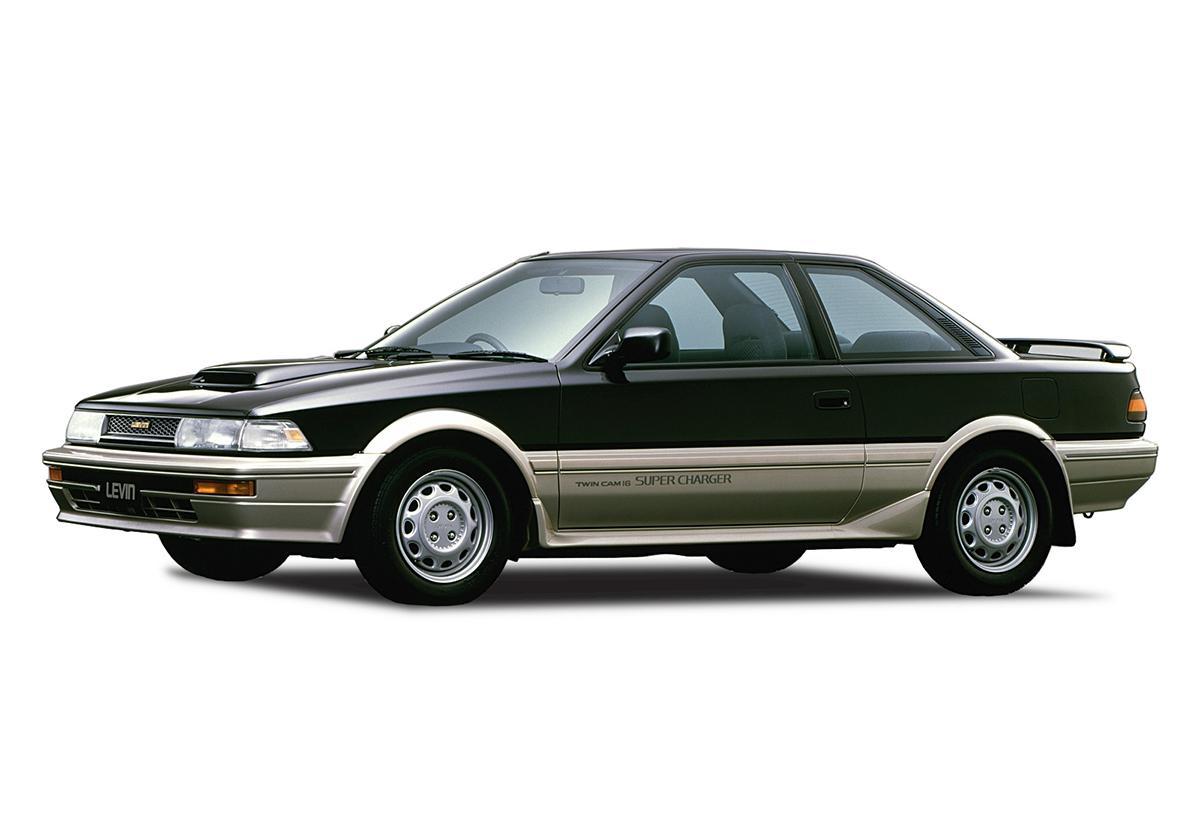 愛され続けて50年以上! 日本を代表するトヨタ・カローラの足跡をたどる