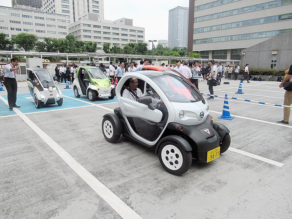超小型EVに補助金 電動車いすやキックボードも 経産省20年度、新モビリティ普及へ
