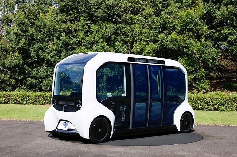 トヨタ、東京2020オリンピック・パラリンピック仕様の自動運転EVバスを公開