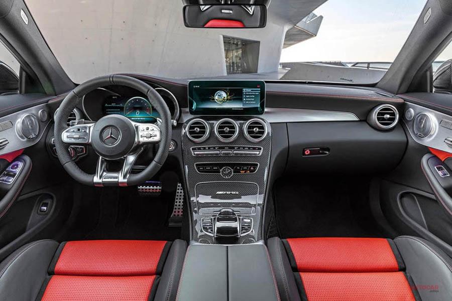 後期型メルセデス-AMG C63 運動性能とインテリアを改良
