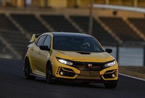 ホンダ・シビック・タイプR「リミテッド・エディション」が鈴鹿サーキットでFF最速ラップタイムを更新