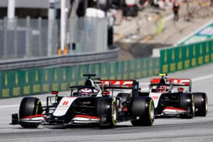 【F1チームの戦い方:小松礼雄コラム第3回】最悪の結果と想定外のブレーキ冷却。フェラーリPUの性能不足にも苦慮