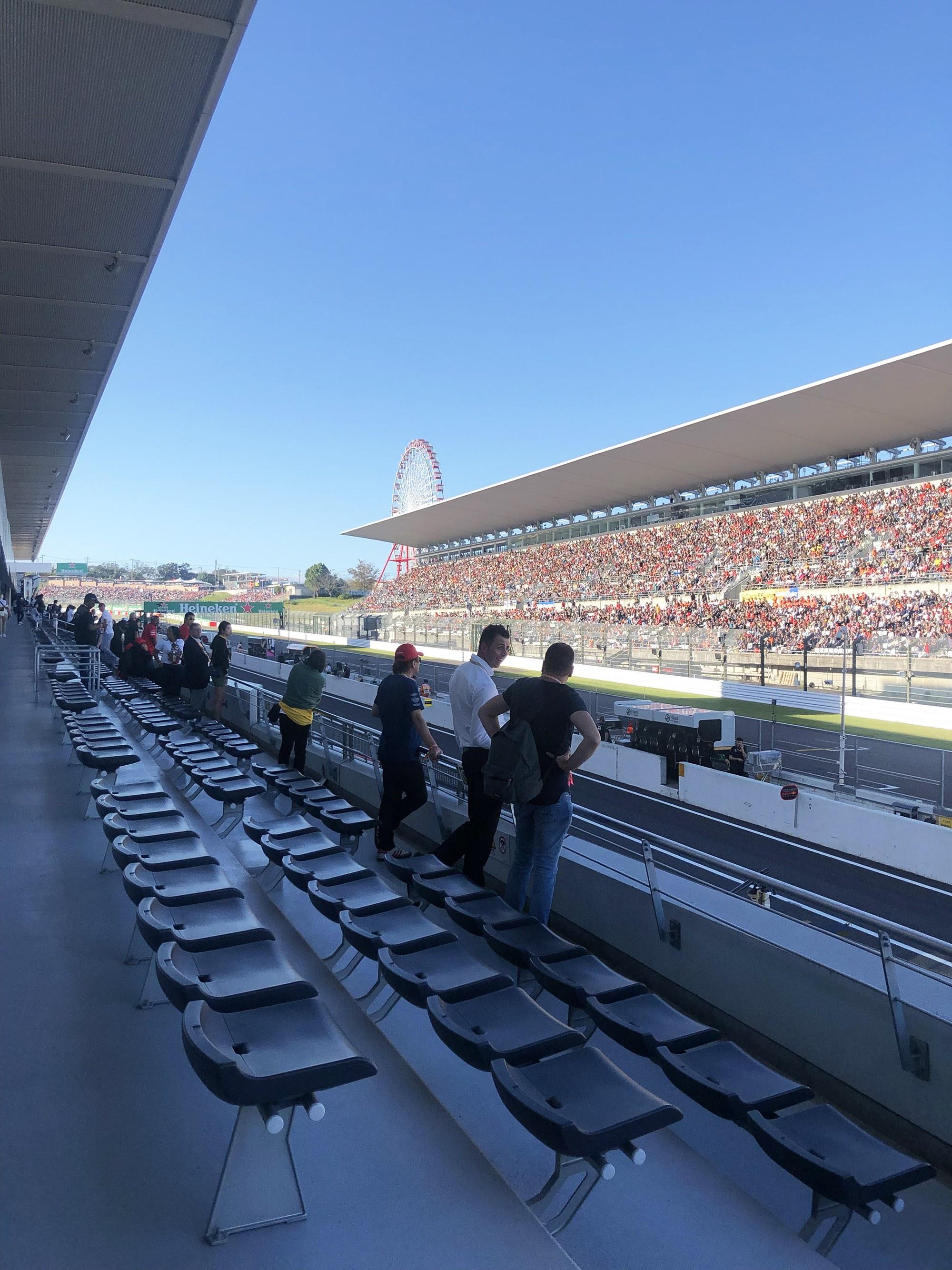「 2019 F1日本グランプリ」に大興奮!──タグ・ホイヤーとF1観戦