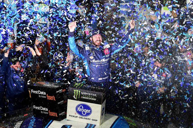 NASCAR第33戦:トヨタのトゥルーエクスJr.が全ステージ制圧。レース後には乱闘騒ぎも