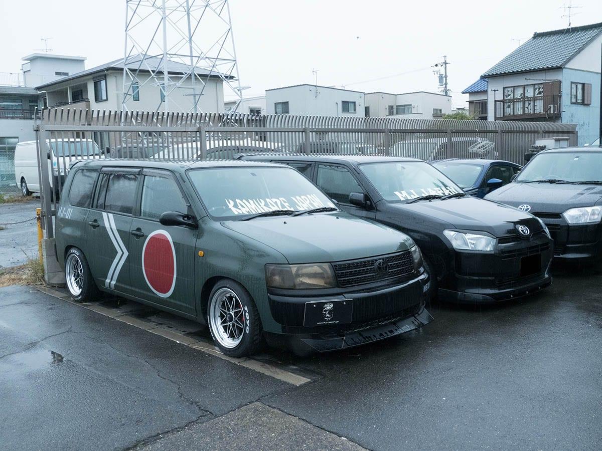 商用車イジりたい人! バン&軽トラをカッコ良く乗りこなすカスタムが得意なプロショップがありますよ!