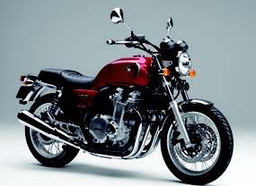 ヤマハ「MT-09」やスズキ「Vストローム1000」の初代モデルが登場【日本バイク100年史 Vol.123】(2014年)<Webアルバム>