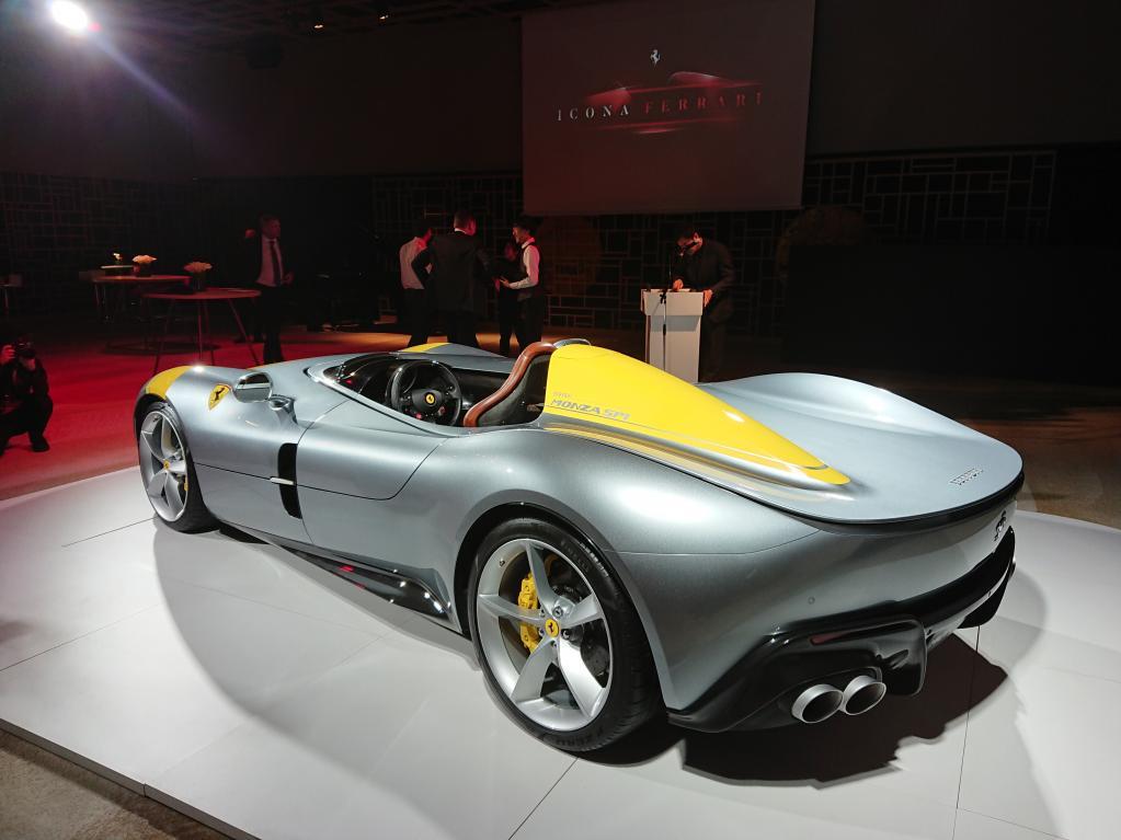 フェラーリ最新の限定モデル、モンツァSP1が日本上陸!