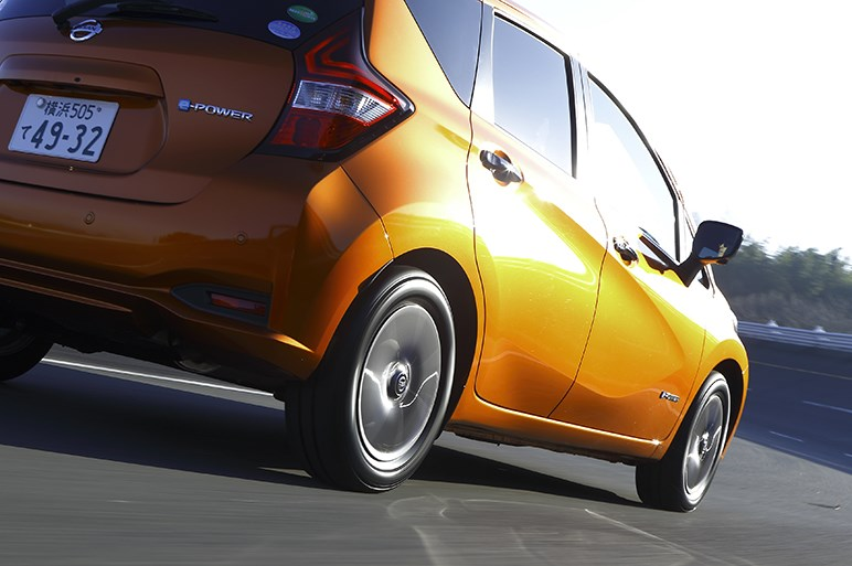 タイヤは安全性と安心感で選んで欲しい。低燃費タイヤの最新作「ミシュラン エナジー セイバー 4」を履いてそう思った
