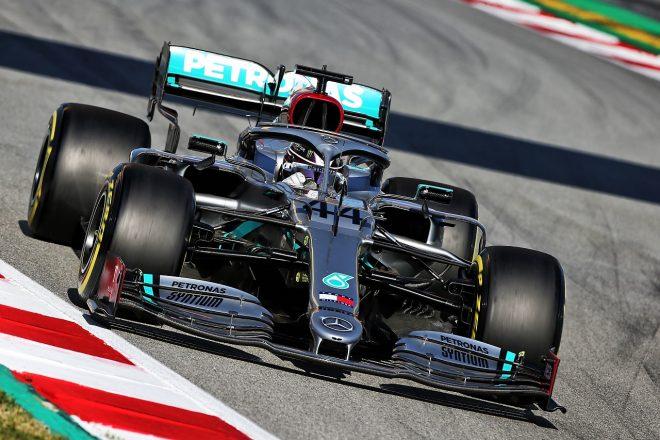 メルセデスとフェラーリがF1開幕戦に備えプライベートテストを計画。ハミルトンとボッタスは来週シルバーストンで走行