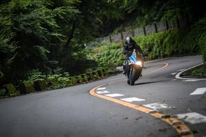 有名『峠』十番勝負!《碓氷旧道~浅間編》 連続10峠をスズキのバイクで駆け抜けろ!【SUZUKI/GSX-S1000F】