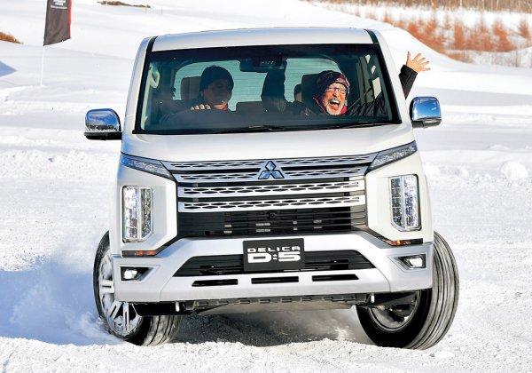 【テリー覚醒す!!】新型デリカD:5の超雪上性能をテリー伊藤が満喫!!