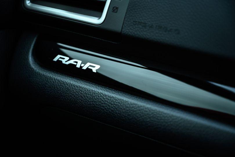 価値がわかるひとにはプライスレスなスバル──即日完売した WRX STI TYPE RA-Rの魅力とは?【試乗記】