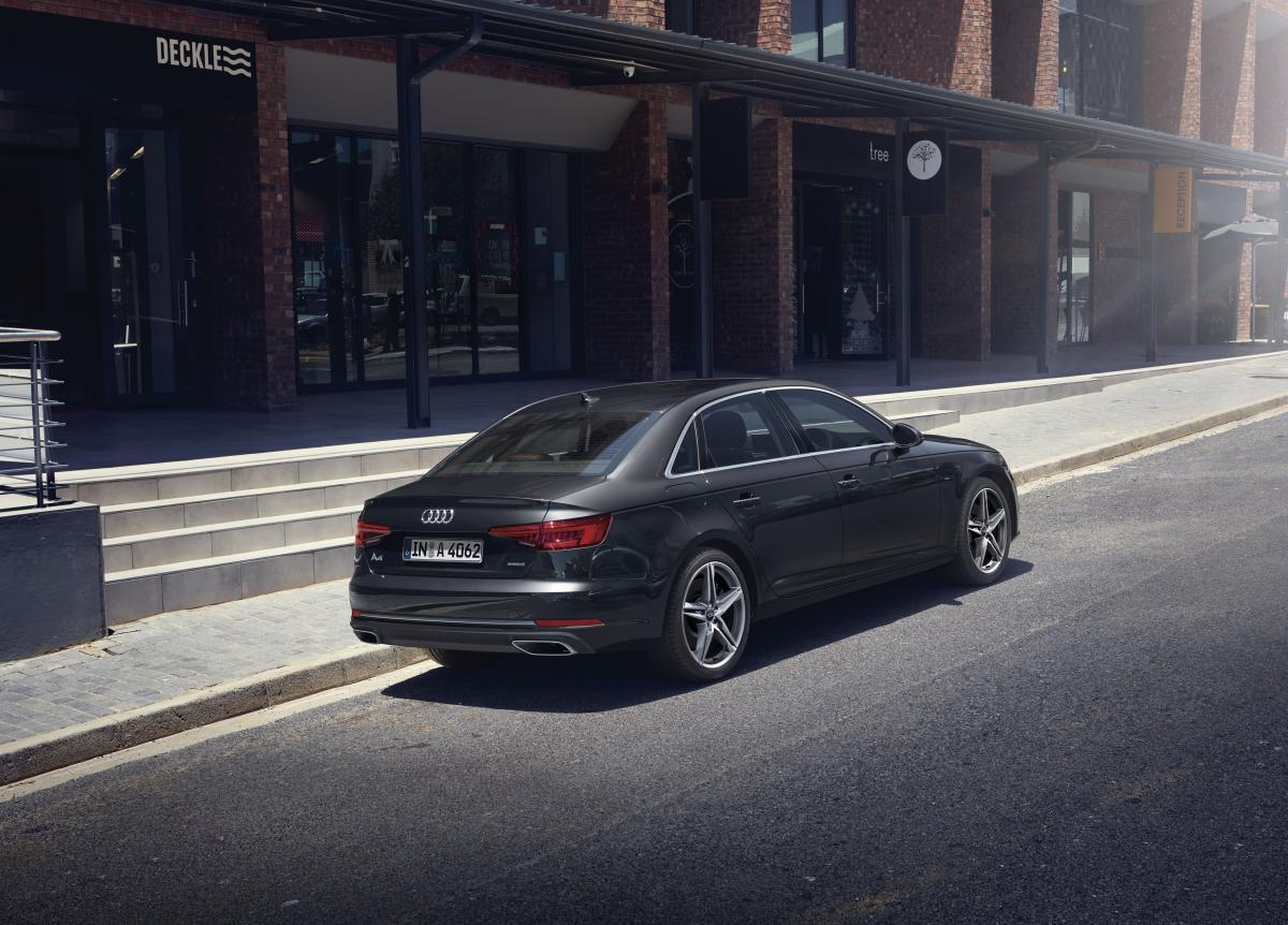 アウディのプレミアムモデルをよりスポーティに! A4の特別仕様車「マイスターシュトュック」が登場