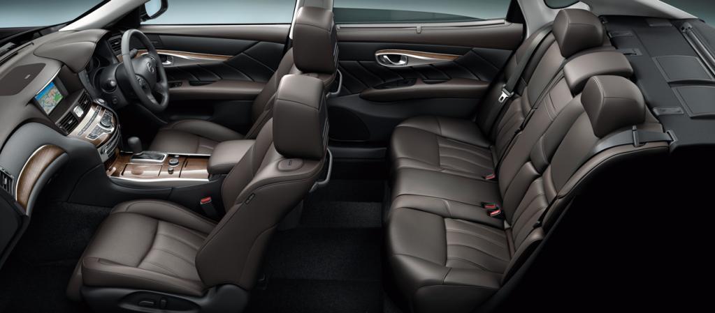 日産のシーマ&フーガが仕様向上! 先進安全装備の拡充で全車「サポカーSワイド」の対象に