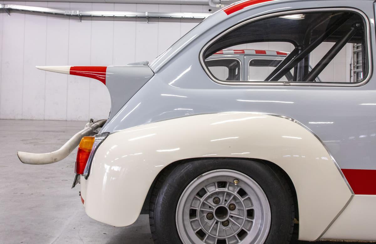 【試乗】世界限定1949台! コレクターズアイテム必至のアバルト「695セッタンタ・アニヴェルサーリオ」の完成度