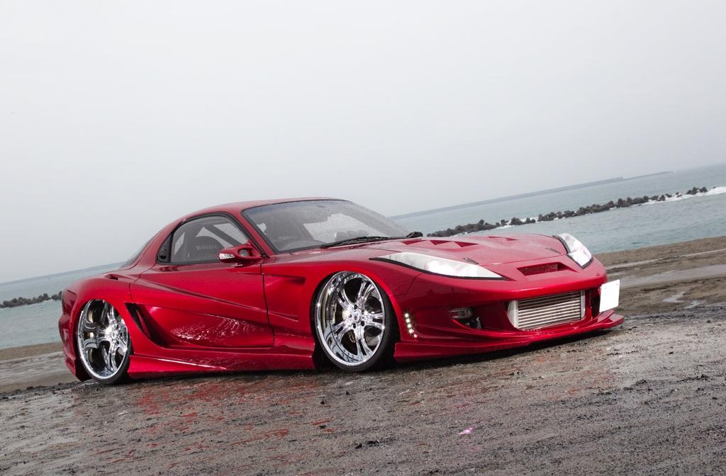 「元・湾岸最高速仕様のFD3Sを完全リメイク!」リヤに22インチをブチ込んだ強烈チューンド